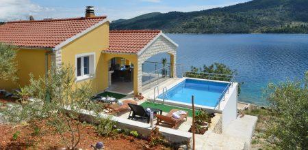 paradise-vela-luka-house-pool-14