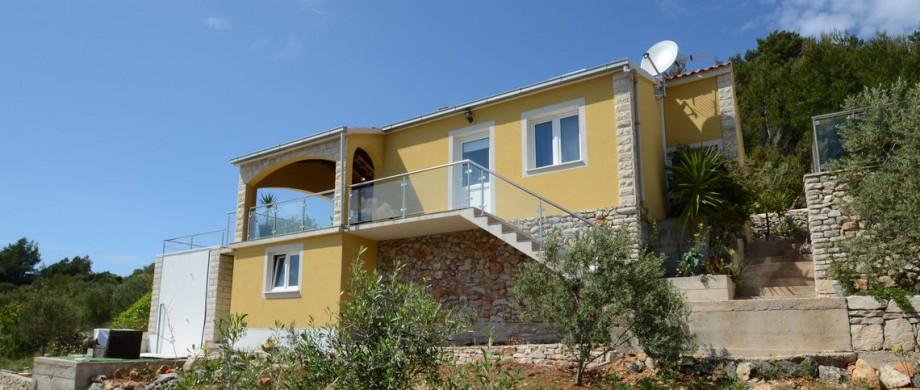 paradise-vela-luka-house-pool-03
