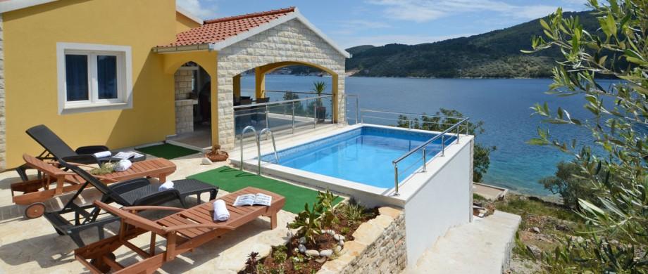 paradise-vela-luka-house-pool-13