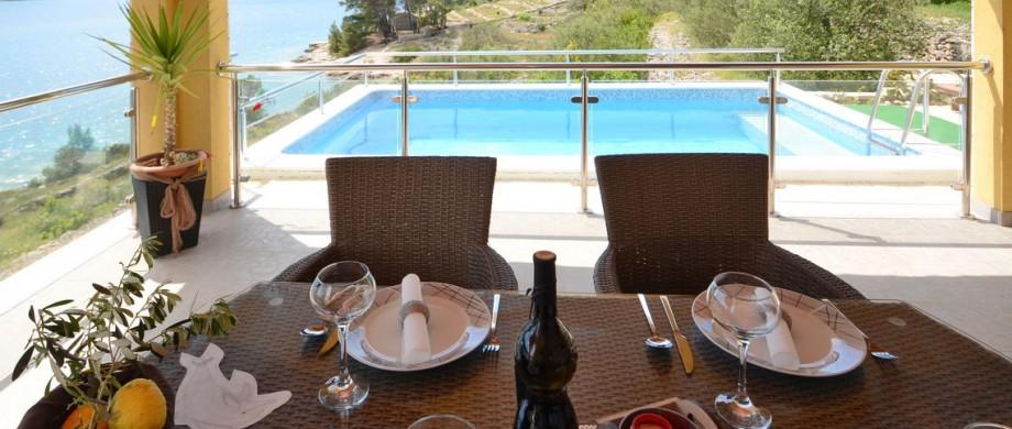 paradise-vela-luka-house-terrace-04
