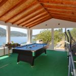 house-for-rent-vela-luka-paradise-game-lodge-interior-03