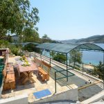 house-for-rent-vela-luka-paradise-grill-courtyard-01