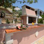 house-for-rent-vela-luka-paradise-grill-courtyard-03